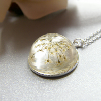 Queen Annes Lace Winter Snowflake Necklace in Resin Botanical Flower