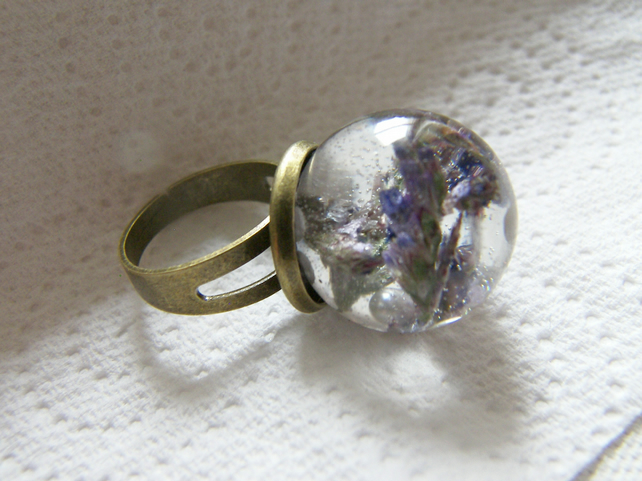 Flower Resin Ring, Sea Lavender and Pearl