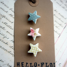 Pretty Patterned Floral Star Brooch Pins
