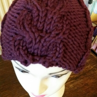 Maroon, cabled beanie in 100% merino wool