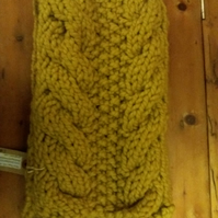 Superchunky, cosy, cabled scarf in mustard