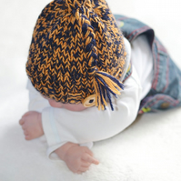 Newborn Boys Chunky Knitted Pixie Hat Photo Prop