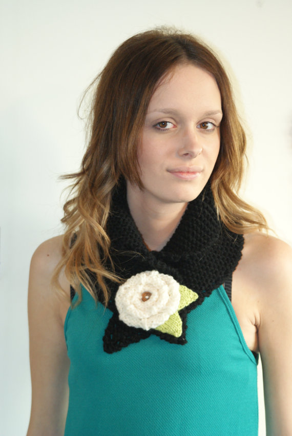 Chunky Cowl Neckwarmer Knit Flower Cowl Black