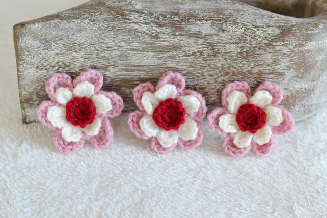 Cream, Rose Pink and Ruby Crochet Flower Applique Motif - 1 Motif
