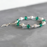Green and Siver Crystals Wire Charm Bracelet