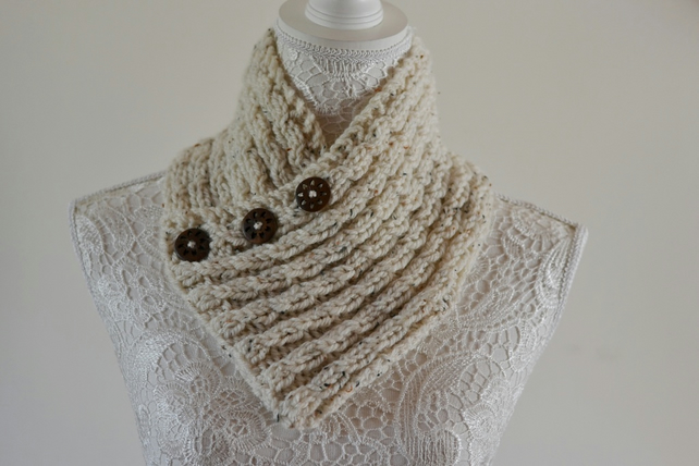 Cable Chunky Knit Cream Flecked Knitted  Neck  Warmer