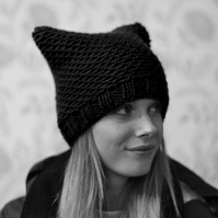Black Womens Knitted Cat Hat Chunky Knit Beanie