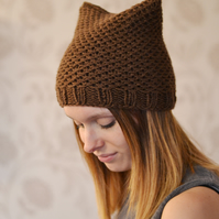 Womens Brown Chunky Knit Cat Hat