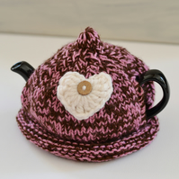 1-2 Cup Heart Hand Knitted Love Tea Cozy