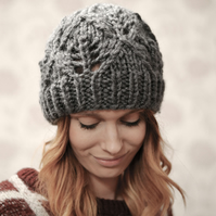 Grey  Womens Super Chunky Diamond Pattern Knitted Beanie Hat