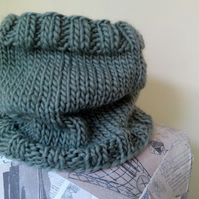 The Boyfriend Neckwarmer - Khaki