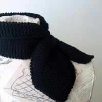 CUSTOM LISTING FOR SARAH Betty Scarflette - Midnight