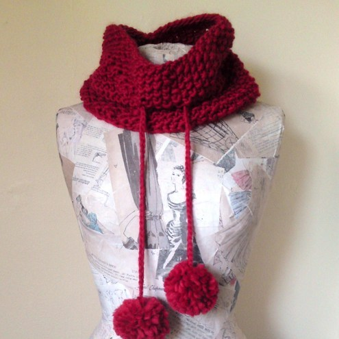 SALE Polly Cowl - Red