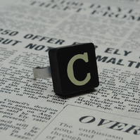 Keyword Ring - Letter C