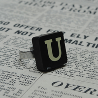 Keyword Ring - Letter U