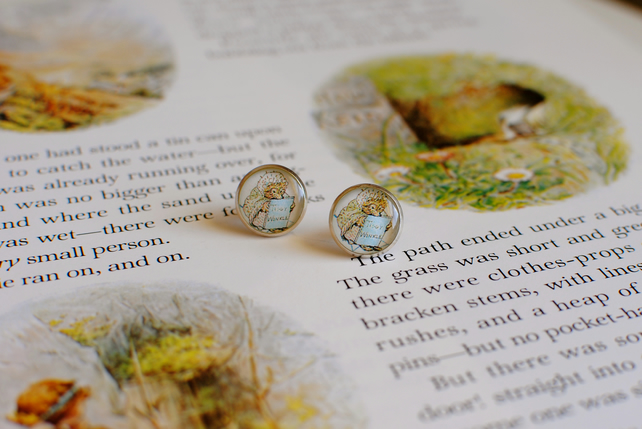 Beatrix Potter Character Earrings - Mrs Tiggywinkle