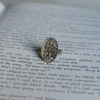 Alice in Wonderland Ring