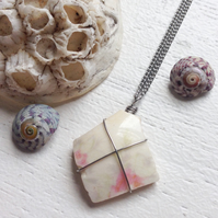 Pretty abstract floral sea pottery boho necklace