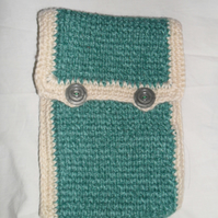 Case, Kindle, E-Reader Case Green and White Crochet