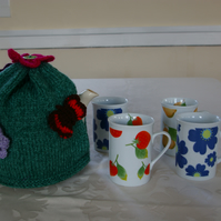 Teapot Cosy Large green with flowers