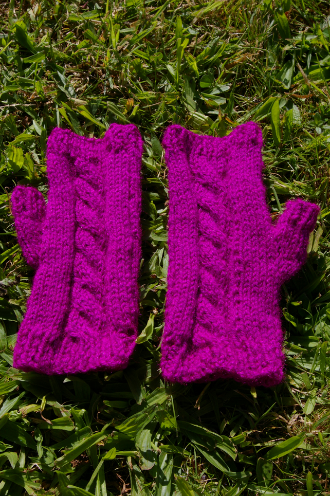 Fingerless Mittens - Knitting Pattern