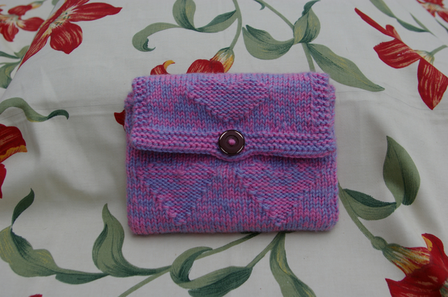 Kindle Case knitted pink with hearts