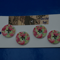Set of 4 Wooden Flower Printed Buttons