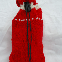 Gift Bag, hand knitted in Red and white