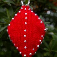 Christmas Decorations Diamond Shape Knitted in Red with Beads