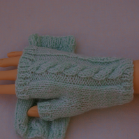 Fingerless Gloves hand knitted in Green
