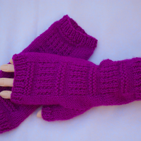Fingerless Gloves bright Maroon