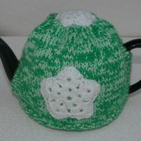 Christmas Teapot Cosy with snowflakes