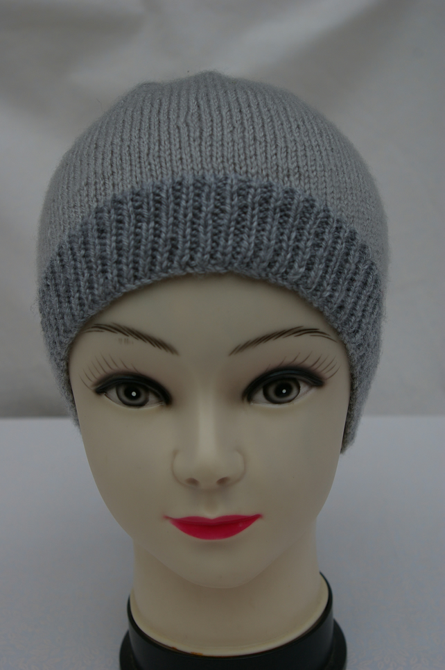 Adult Beanie hat in Grey