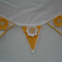 Summer flower Bunting in White and Yellow's with crochet flowers