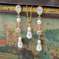 Gold Jewellery Set Pearl and Crystal Gold Earrings and Necklace Bridal Jewellery