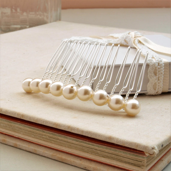 Bliss Pearl Hair Comb - Bridal Ivory Pearl Wedding Headdress