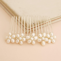 Daisy Pearl Bridal Hair Comb - Ivory Freshwater Pearl Wedding Headdress