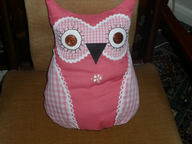 Pink  patterned Owl Cushion