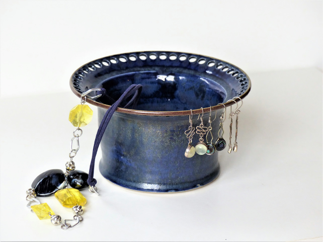 Blue and Gold Dust Ceramic Jewellery Bowl to display earrings.