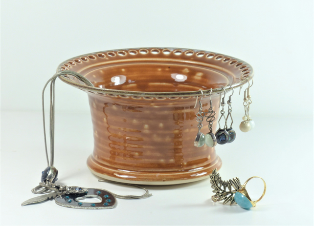 Milk Chocolate Ceramic Jewellery Bowl to display earrings bracelets and bangles