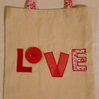 FABRIC 'LOVE' GIFT BAG WITH MATCHING HANDLES