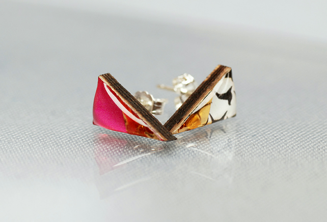 Triangle wood and resin pink and gold stud earrings