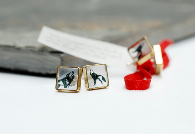 Small square brass and resin wolf stud earrings