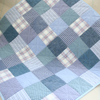 Patchwork baby pram cot quilt