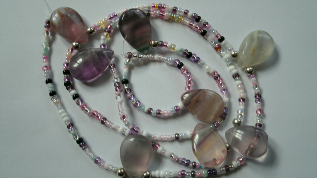 Bead string. Fluorite mix.