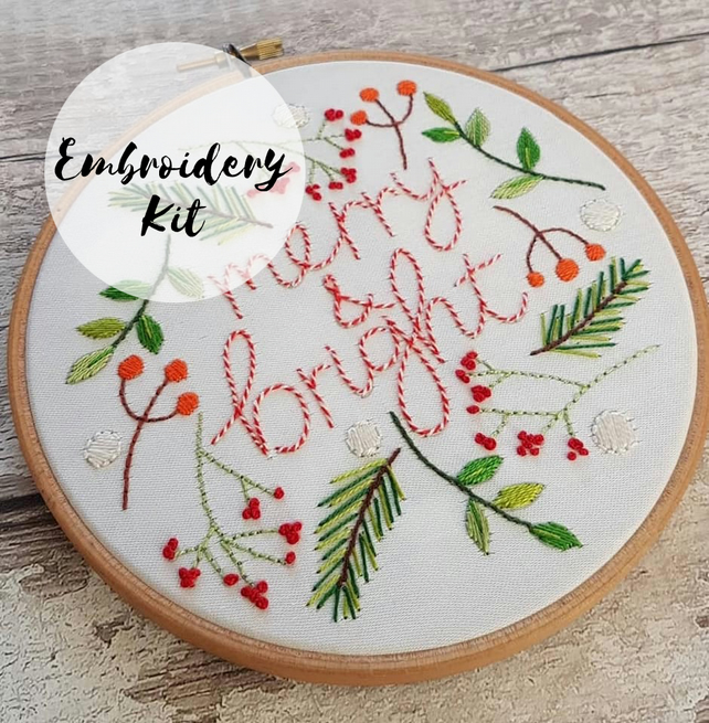Beginners Merry & Bright Embroidery Kit