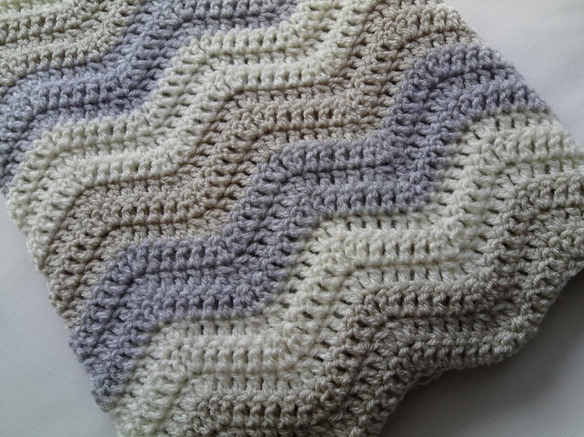 Crochet Baby Ripple Blanket