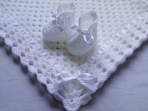 Pattern Crochet Baby Blanket and Booties, white, PDF file n12
