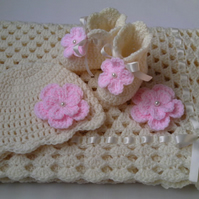 Pattern Crochet Baby Blanket, Hat and Booties, ivory, pink, PDF file n24