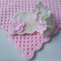 Pattern Crochet Baby Blanket, Hat and Booties, white, PDF file n33